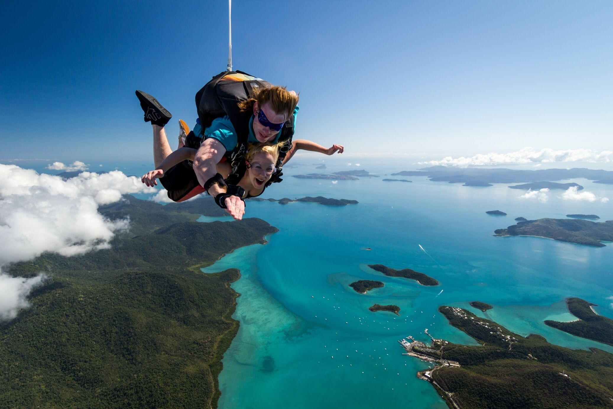 HIS Travel Australia Queensland Skydive Airlie Beach