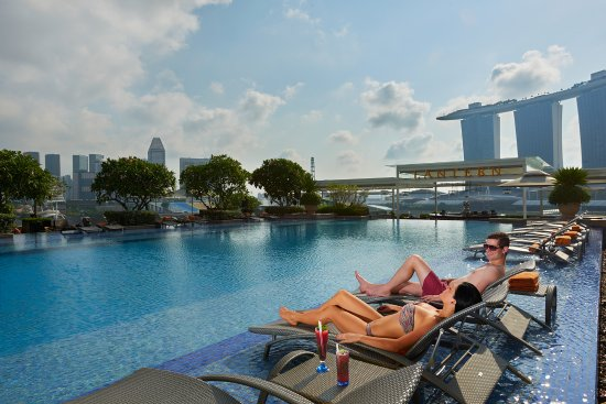 HIS Travel Singapore Staycation The Fullerton Bay Hotel Rooftop Pool